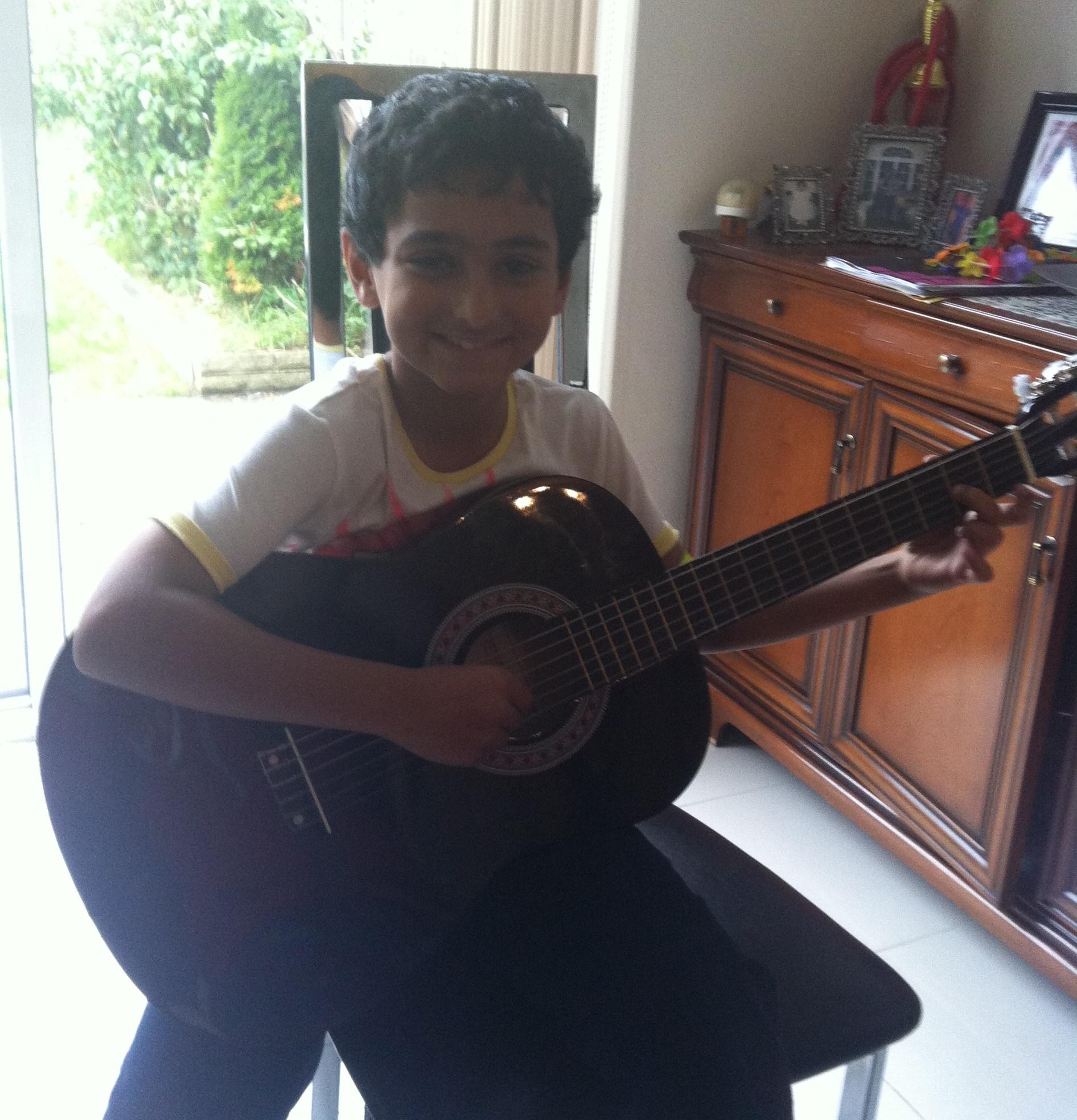 Raghav is studying Guitar  with Marco Cirillo London Guitar Lesson - London Guitar Teacher -